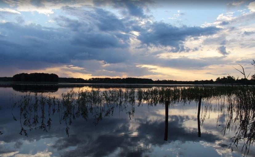 фото вечірнього озера Нобель, Волинь