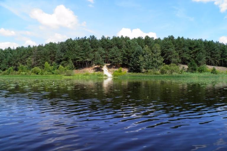 відпочинок на озері любязь