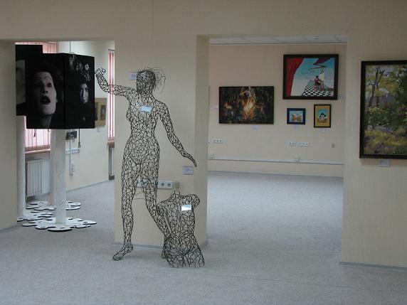 Зала музею сучасного мистецтва Михайла Кнобеля-1