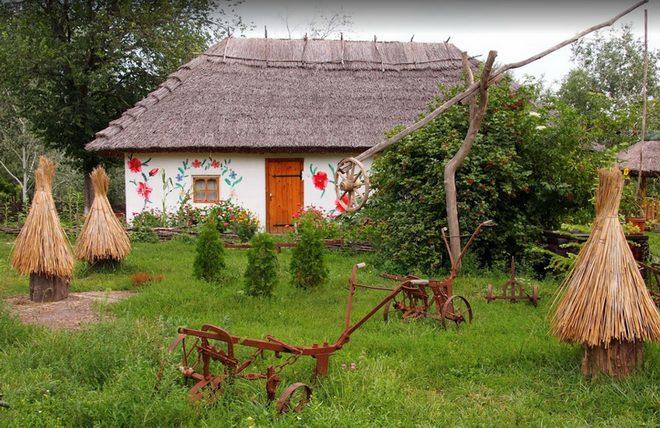 Этнографический мини-музей на территории Сорочинской ярмарки