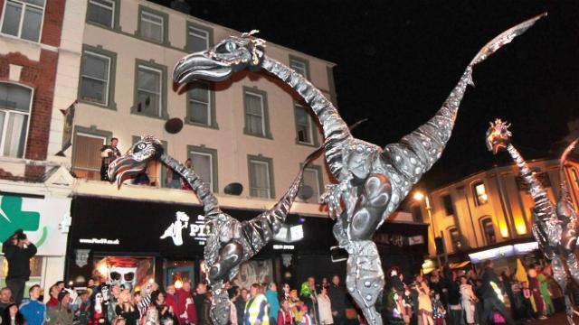 Празднование Хеллоуина в Дерри, Ирландия