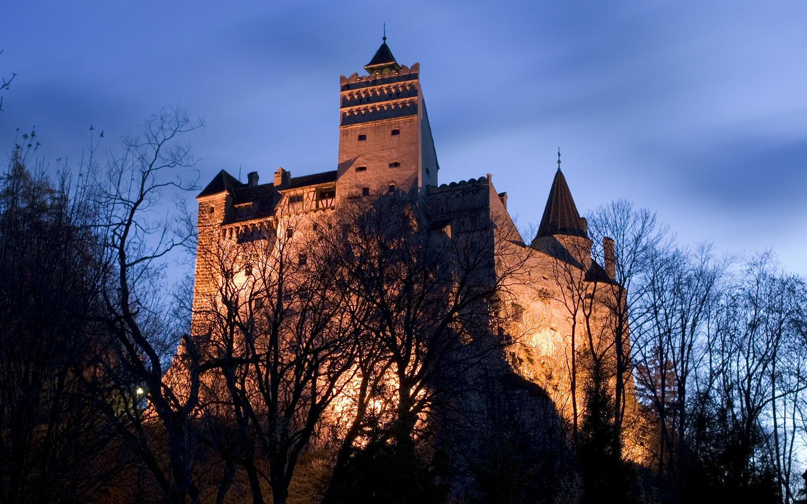 Замок Дракули - замок Бран, Румунія. Ррезиденція Влада ІІІ Цепеша (Влад Дракул)