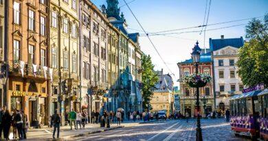 Львів, площа Ринок, центр міста. Фото 1