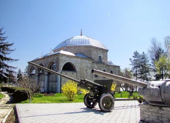 """Бывшая турецкая мечеть в Измаиле. Внутри диорама """"Штурм крепости Измаил"""""""